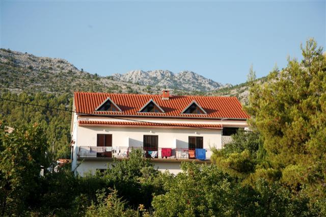 Kroatië actieve vakantie 18-38 jaar  appartement Starigrad Dalmatië 2018